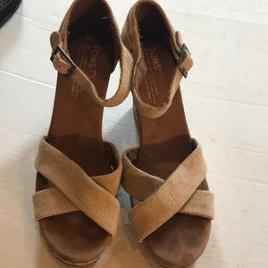 Tim's Natural Color Linen Wedge Sz 8 As is
